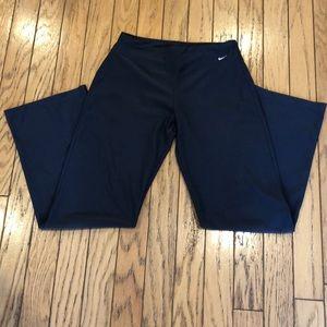 Nike DriFit Power Training Pants in Charcoal